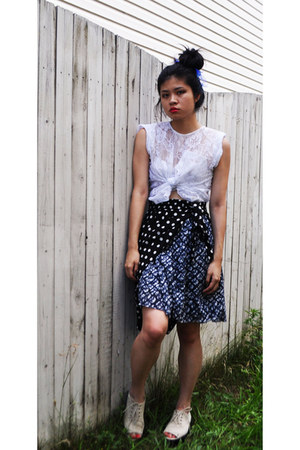 Cheap Monday shoes - lace shirt - blue print skirt