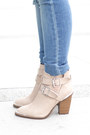 White-hermes-bracelet-neutral-shoemint-boots-blue-dl1961-jeans