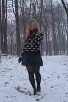 black Forever21 sweater - navy Forever21 - red Forever21 scarf