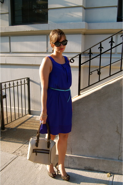 gold isabel toledo for payless shoes - blue H&M dress - nude Shiraleah bag - aqu