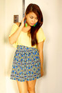 Light-yellow-loose-forever-21-t-shirt-blue-aztec-print-greenhills-bazaar-skirt