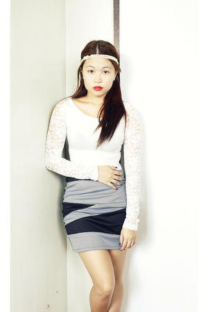 white Forever 21 top - silver bodycon Sevendials  The Ramp skirt