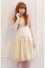 White-vintage-dress-white-vintage-gloves