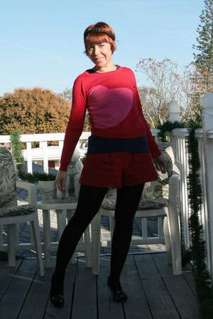 ruby red pink heart Target jumper - black Primark tights