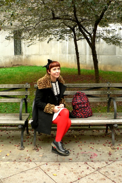 red red Ebay tights - black lace up Dr Martens shoes