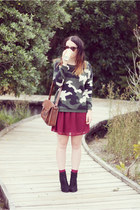 camoflague romwe sweater - black Glassons boots - maroon supre skirt