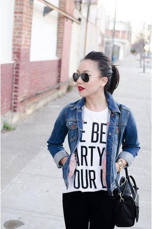graphic tee Lovers  Friends shirt