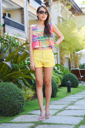 yellow Bossini shorts - black Uniqlo sunglasses - colorful Forever 21 top