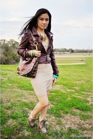 leatherette Forever21 jacket - H&M boots - body contour Forever21 dress