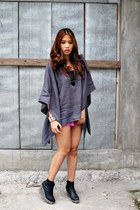 gray RTF top - bubble gum PLF shorts