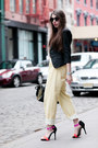 Black-flat-round-asos-sunglasses-light-yellow-asos-jeans