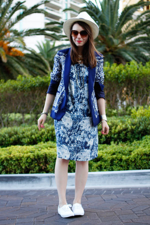 printed Mia Melon dress - panama hat JCrew hat - printed Zara blazer