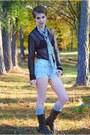 Light-blue-diy-cut-off-thrifted-jeans-black-thrifted-shirt