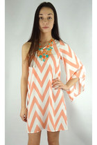 Chevron Striped One Shoulder Dress - Peach/White