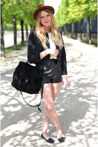 Forever 21 shorts - Topshop hat - Topshop vest