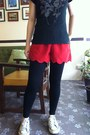 Black-forever21-leggings-red-cotton-shorts-black-cotton-edc-t-shirt