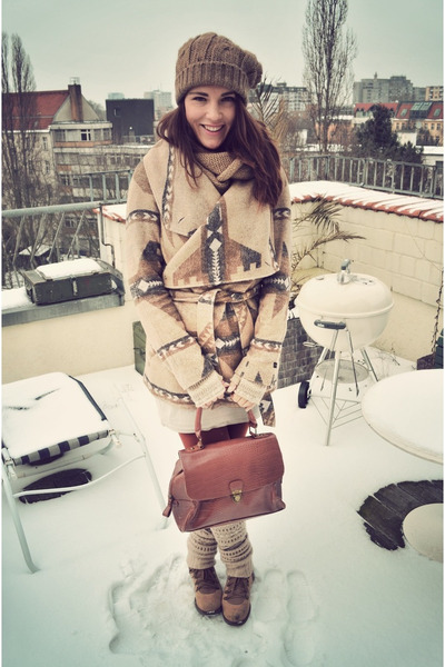 trekking boots grtz boots - H &amp; M dress - Esprit jacket - vintage bag