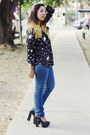 Black-moonlight-blouse-navy-bershka-jeans-black-fahrenheit-pumps