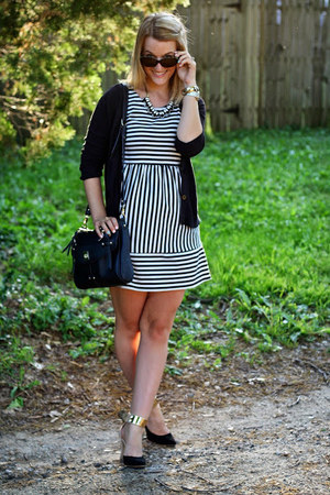 black Marshalls dress - black sparrow bag - black LuLus heels