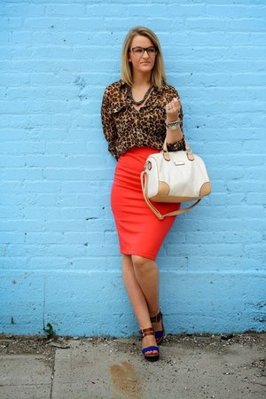 cream franco sarto bag - red Forever 21 skirt - tawny Old Navy blouse