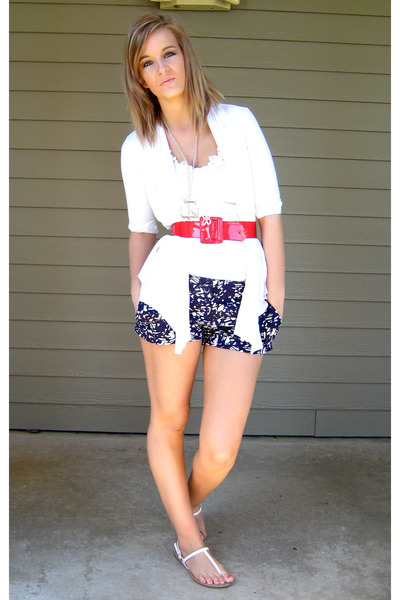 white Forever 21 top - white Forever 21 cardigan - red charotte russe belt - blu