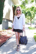 black hobo bag tory burch bag - black faux leather Zara shorts