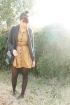 mustard vintage dress - black thrifted bag - gray f21 cardigan - black Urban Out