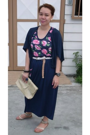 pink dress - beige purse - navy kimono style cardigan - beige beaded sandals - w