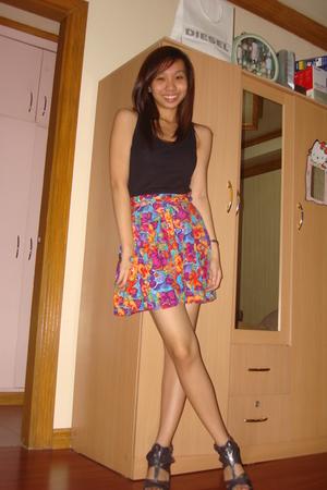 black Zara top - skirt - silver Trunkshow shoes - black Trunkshow shoes - blue T