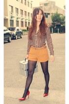 red Janylin heels - carrot orange Forever21 shorts - brown Gap top