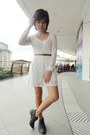 Black-boots-white-dress