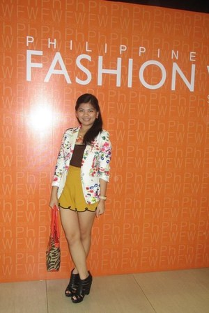 floral thrifted blazer - mustard lace-detailed The Ramp shorts
