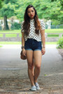 White-polka-dot-h-m-shirt-silver-keds-sneakers