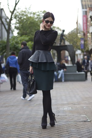 black top - teal skirt - black heels