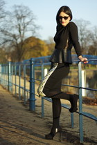 black Zara top - black Zara boots - black River Island skirt