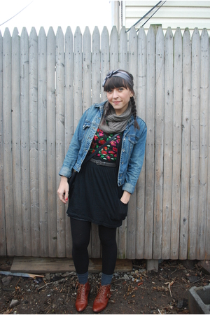 black Target skirt - red H&M t-shirt - brown Jeffrey Campbell boots - silver f21