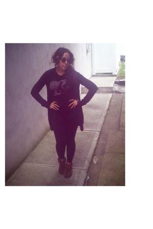 brown Minnetonka shoes - black American Apparel leggings