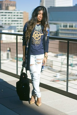 navy bike twin six t-shirt - ivory Urban Outfitters jeans