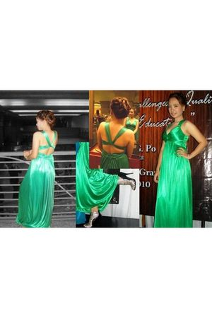 green verve dress - white pearl earrings - silver People are People shoes - whit