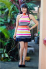 Bubble-gum-accessories-black-skirt-carrot-orange-blue-corner-top-pumps