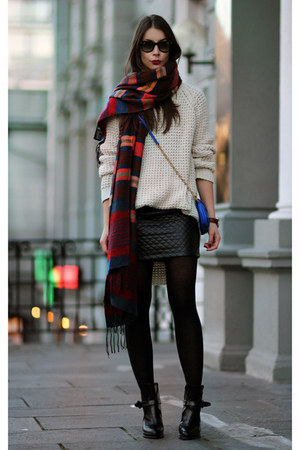 black Zara skirt - tan hope sweater
