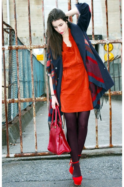 carrot orange GINA TRICOT dress - navy odd molly coat - navy H&M scarf