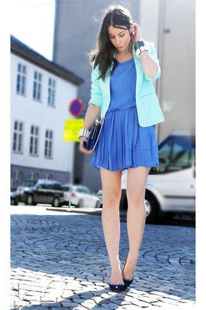 violet Monki dress - light blue H&M Trend blazer - navy Aldo heels