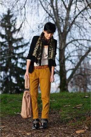 vintage scarf - Zara jacket - Bershka bag - pull&bear top - Zara sandals