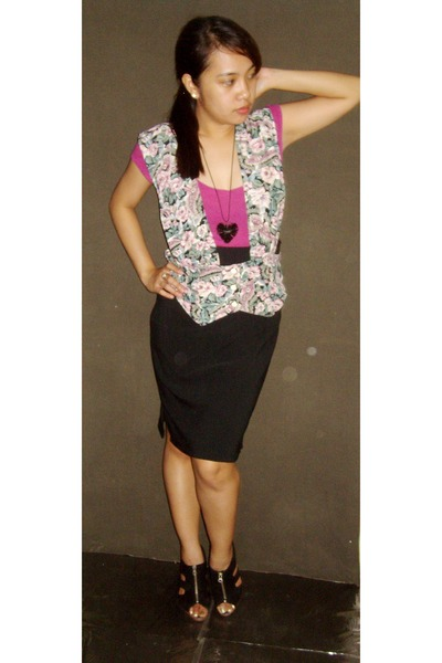green vintage by MOM vest - black random brand skirt - black Shoran and Modern s
