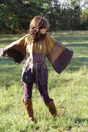 brown boots - purple pants - brown Forever 21 top