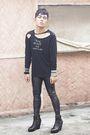Black-k2-shirt-black-topshop-leggings-black-soule-phenomenon-boots