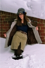 Brown-modcloth-coat-blue-tulle-sweater-brown-ae-skirt-blue-vintage-hat-b