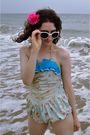 Blue-vintage-swimwear-pink-accessories-white-sunglasses