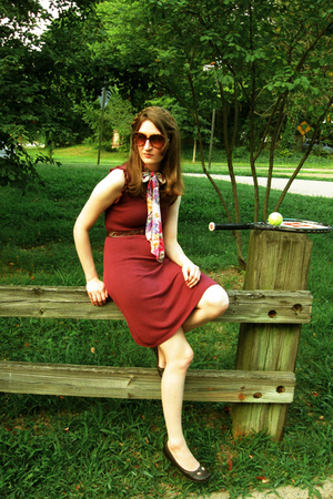 Mynt star dress - scarf - belt - free people sunglasses - shoes - Wilson accesso
